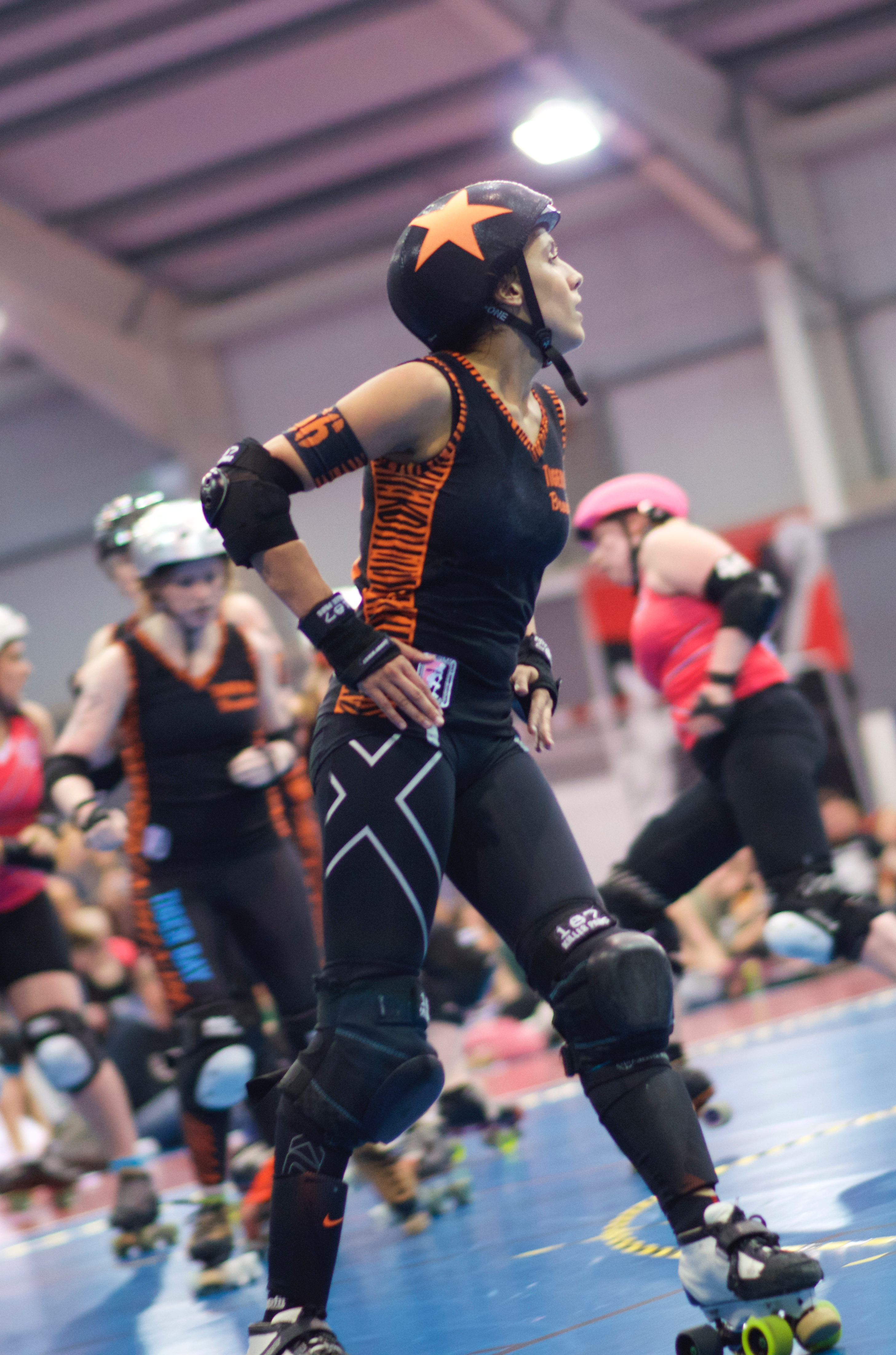 Chant-Hell, playing with Tiger Bay Brawlers against London Rollergirls (Photo: Adam Chard)